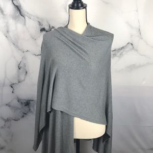 Nordstrom brand versatile wrap in grey